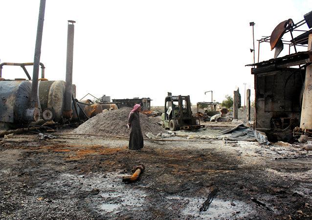 敘霍姆斯市的煉油廠開始重建