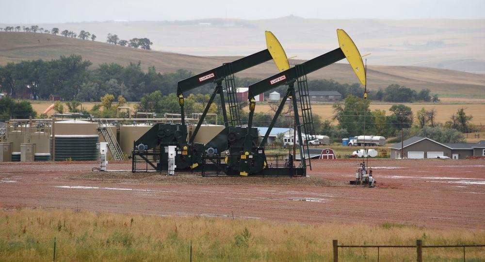 特朗普称原油价格在其致电沙特领导层后下跌