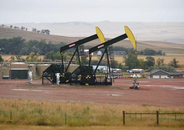 惠誉:当前油价暴跌不会扼杀页岩行业 只会让其更强大