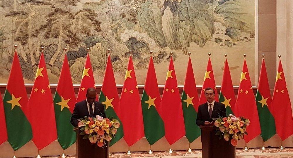 中国与布基纳法索恢复大使级外交关系