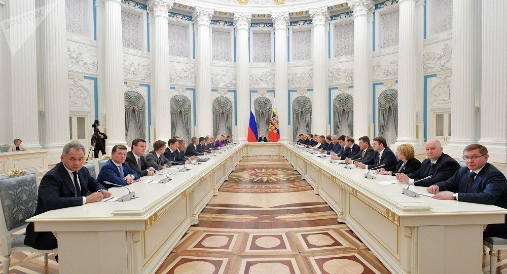 消息人士:联邦委员会称与俄新总理的会议或在2月份举行