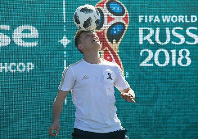俄白兩國簽署有關在世界杯和歐運會期間相互承認簽證的協議