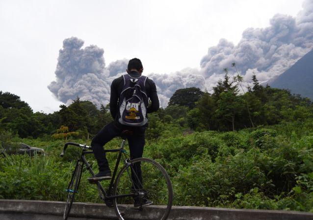 危地马拉火山爆发