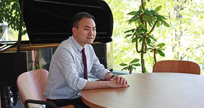 李竟成:在俄读硕是中国本科生的最佳选择