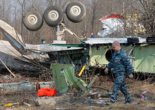 波蘭稱在卡欽斯基所乘專機的殘骸中發現炸藥痕跡