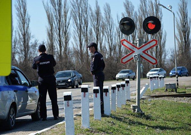 俄奧廖爾州一輛客車因闖紅燈與火車相撞