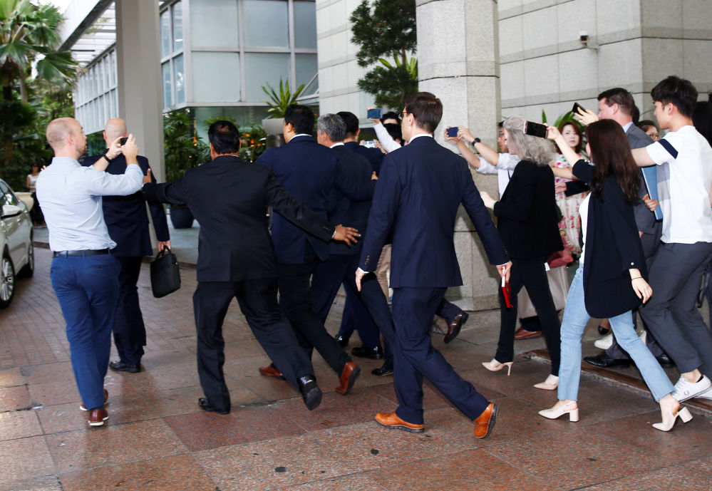 特朗普和金正恩抵達新加坡