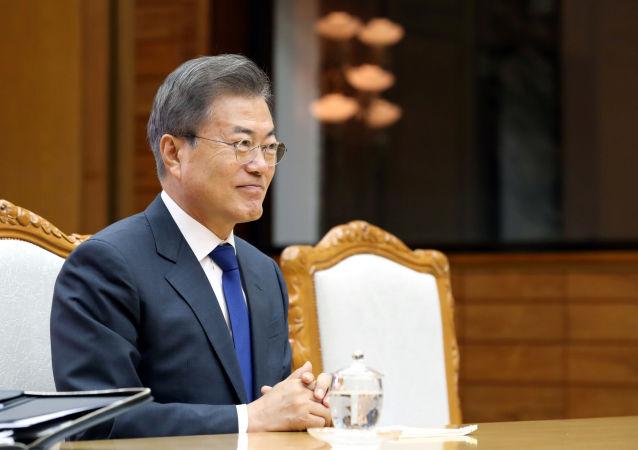 美韓元首指出全面落實美朝新加坡峰會協議的重要性