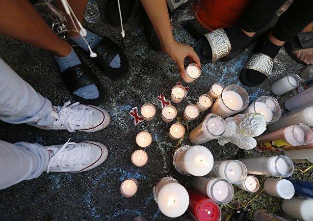 美国说唱歌手XXXTentacion遇袭身亡 粉丝悲愤引发骚乱