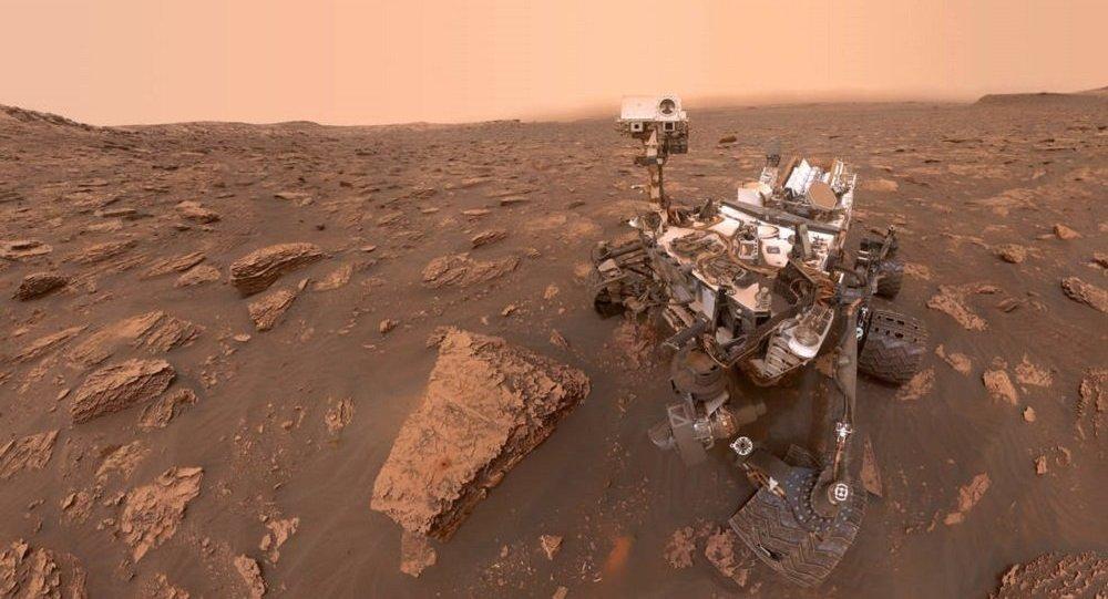 """美国国家航天局的""""好奇号""""火星车"""