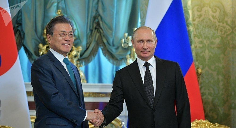 普京:俄罗斯主张朝鲜半岛正常化