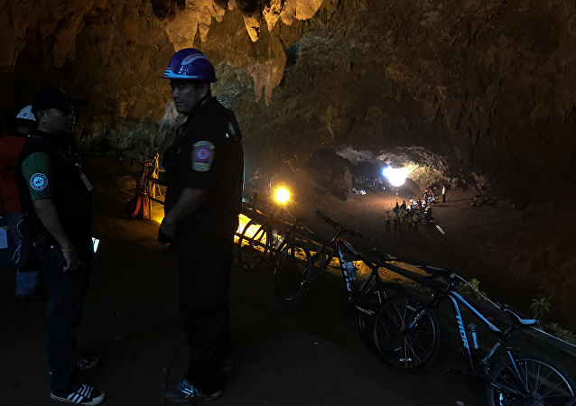 泰国少年足球队山洞集体失踪