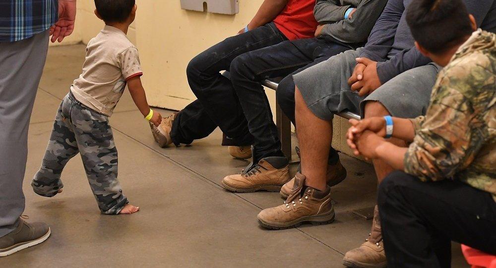 非法移民家庭