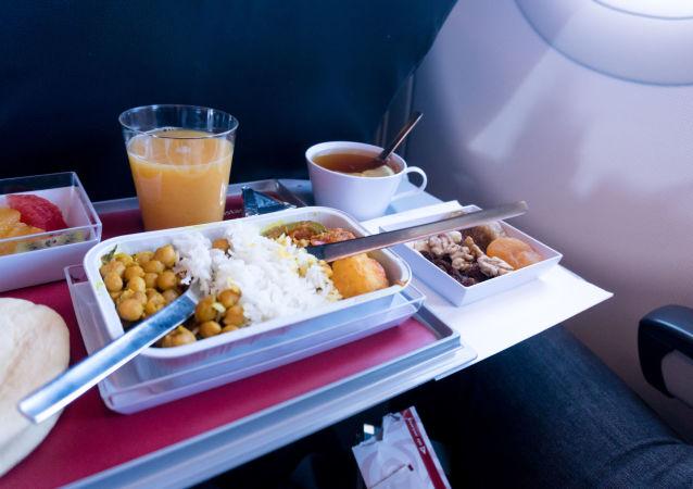 芬兰航空公司为保留员工编制将在超市销售商务舱餐食