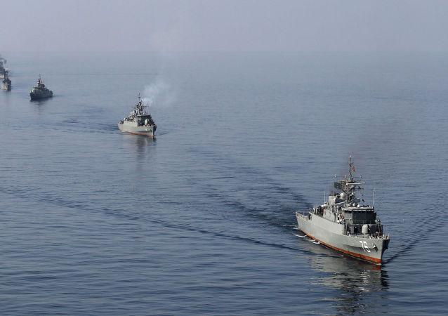 伊朗海军在霍尔木兹海峡