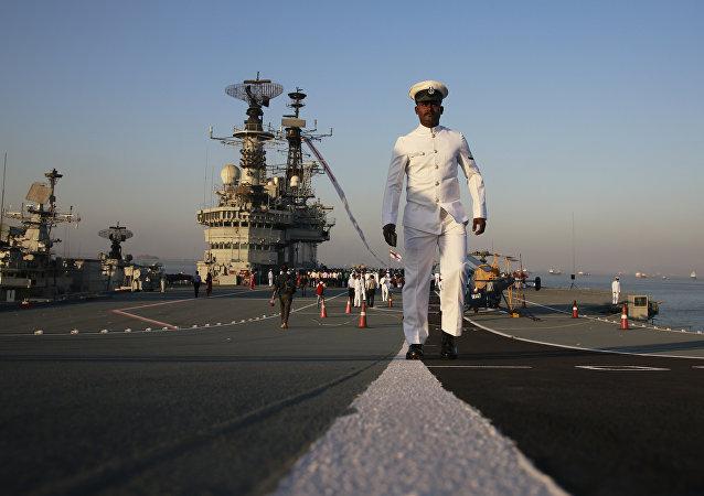 印度海军取消采购4艘登陆舰的招标