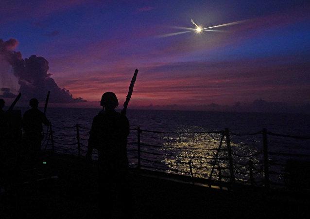 华媒:美军舰访台湾?美参议员想吓唬谁