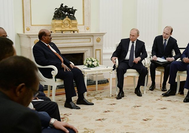普京总统会见苏丹总统