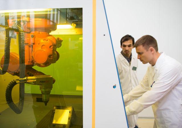 俄中科学家联合开展电磁感应透明实验