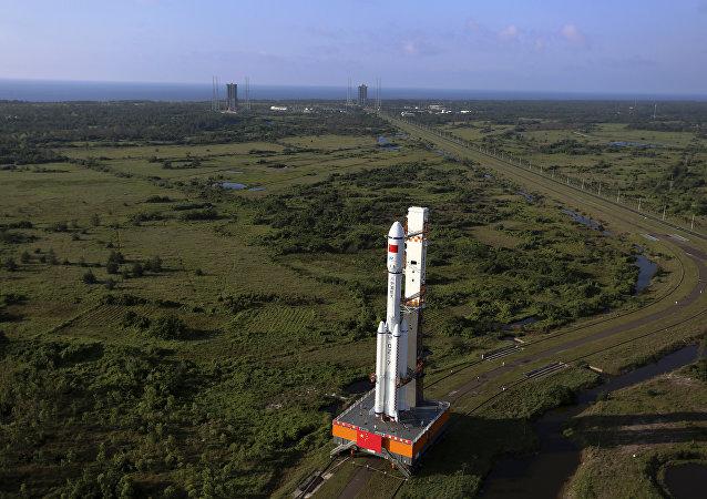 中国航天科技集团:长七遥三火箭、天舟二号飞船文昌会师