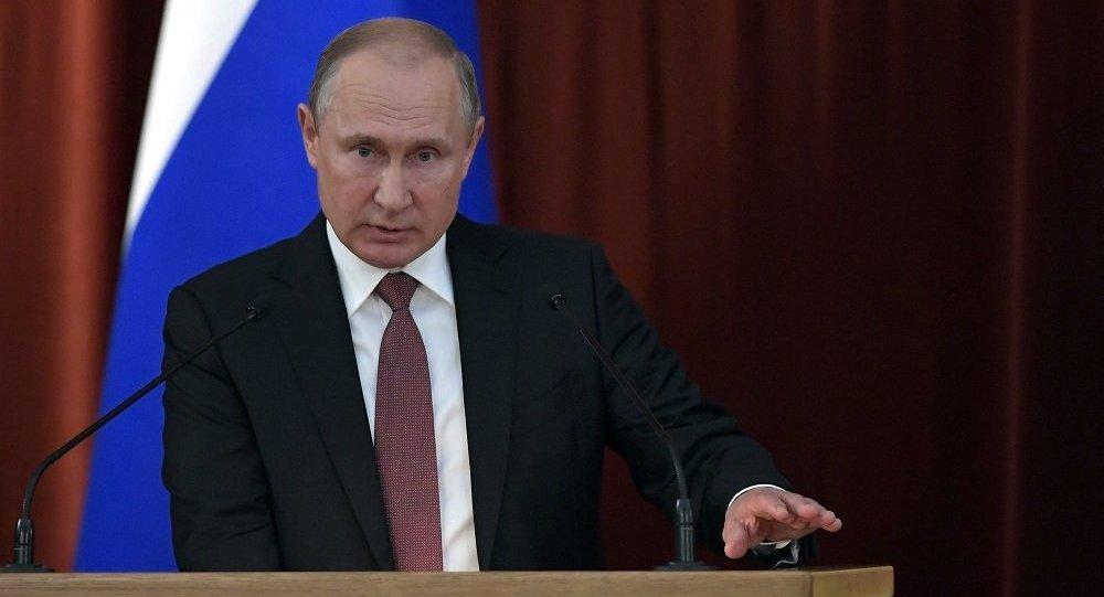 普京:明斯克协议仍是调解乌克兰东部局势的基础