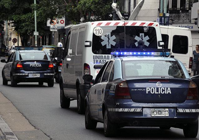 媒体:阿根廷一架医疗飞机在降落时坠毁