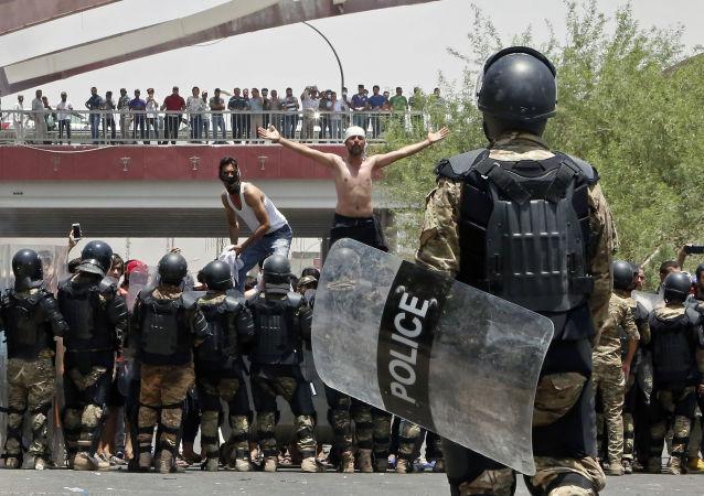 伊拉克骚乱