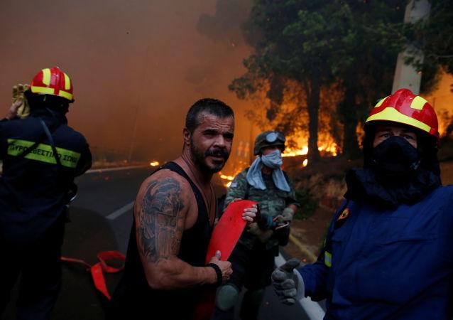 普京致电希腊领导人表示慰问并称愿意提供必要的协助