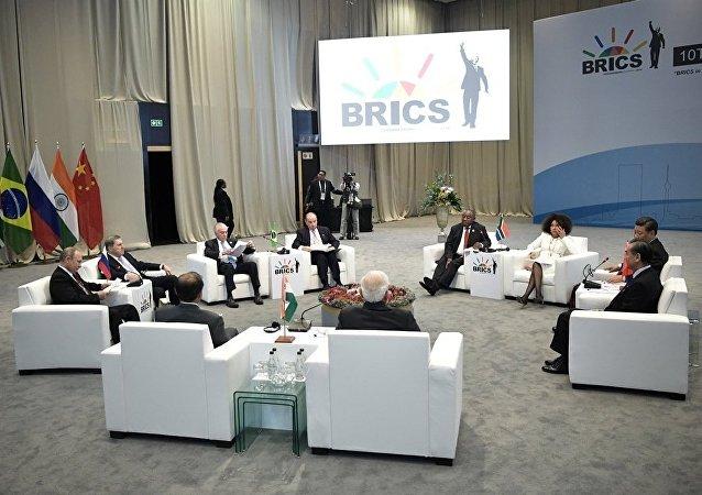 俄计划扩大对非洲国家在能源发展领域的援助