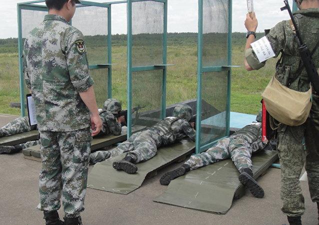 """参加""""国际军事比赛""""的中国军人(资料图片)"""