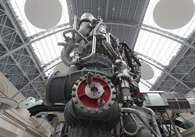 中国请求俄罗斯对所研制的超重型火箭发动机进行鉴定