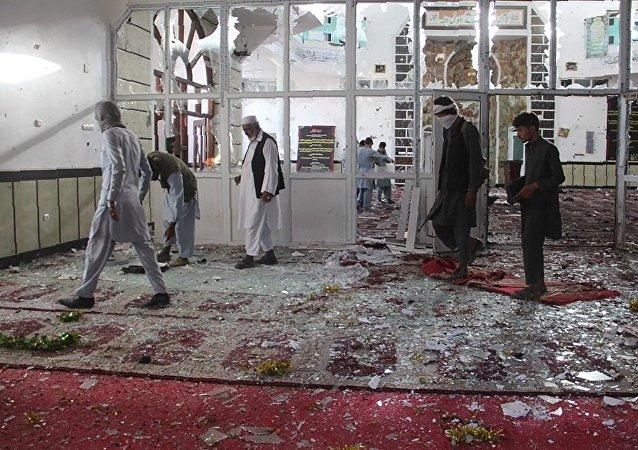 阿富汗库纳尔省政府大楼遭火箭弹袭击 至少5人受伤