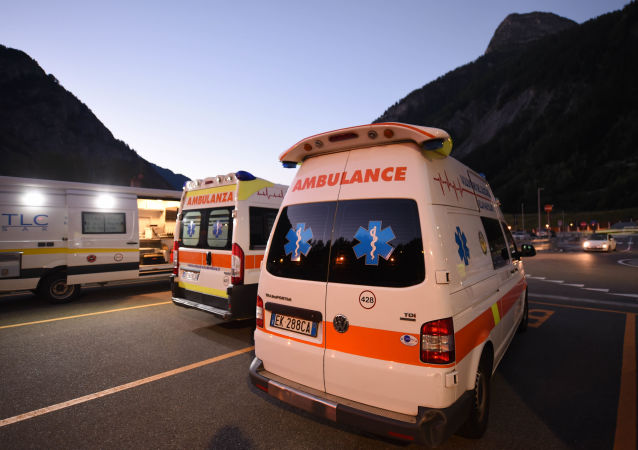 意大利踩踏事件后约60人住院