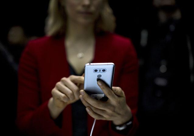中国也许会让全世界再无智能手机可用?