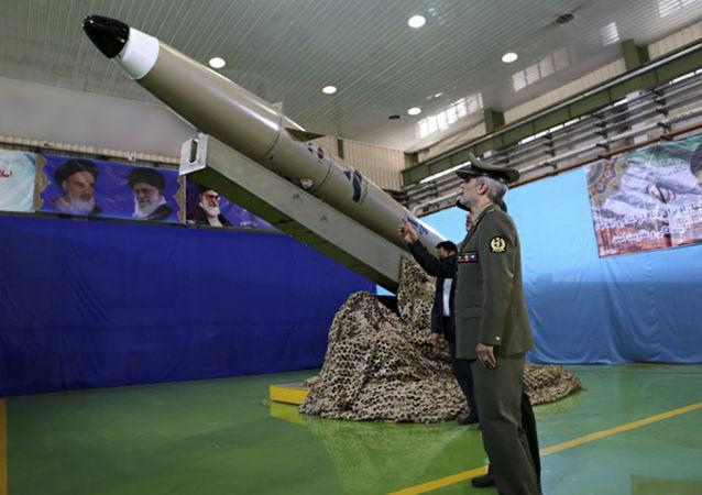 伊朗发布自行研制的新型防空系统
