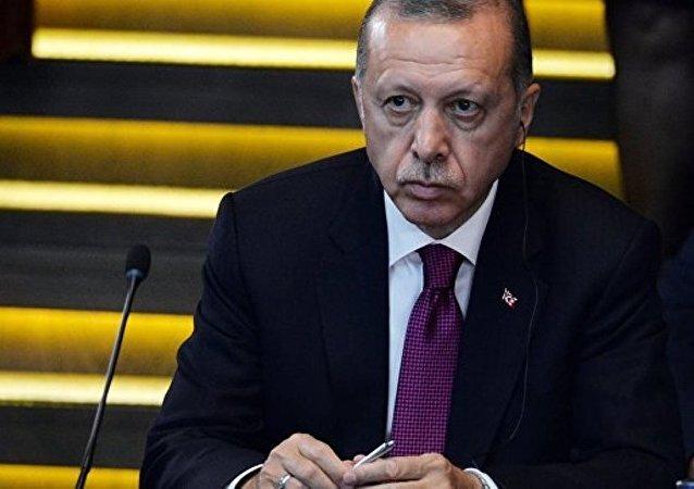 土耳其总统宣布抵制美国电子产品