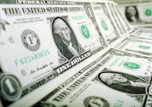 佩斯科夫称越来越多的国家寻找替代美元的货币