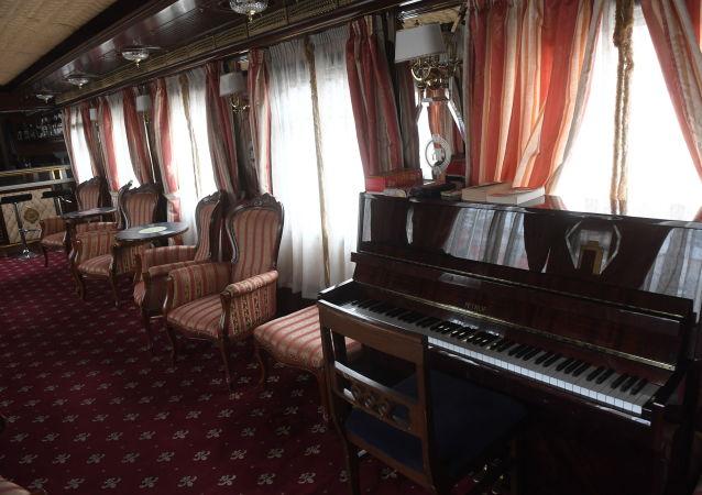 特殊旅游列车的贵车