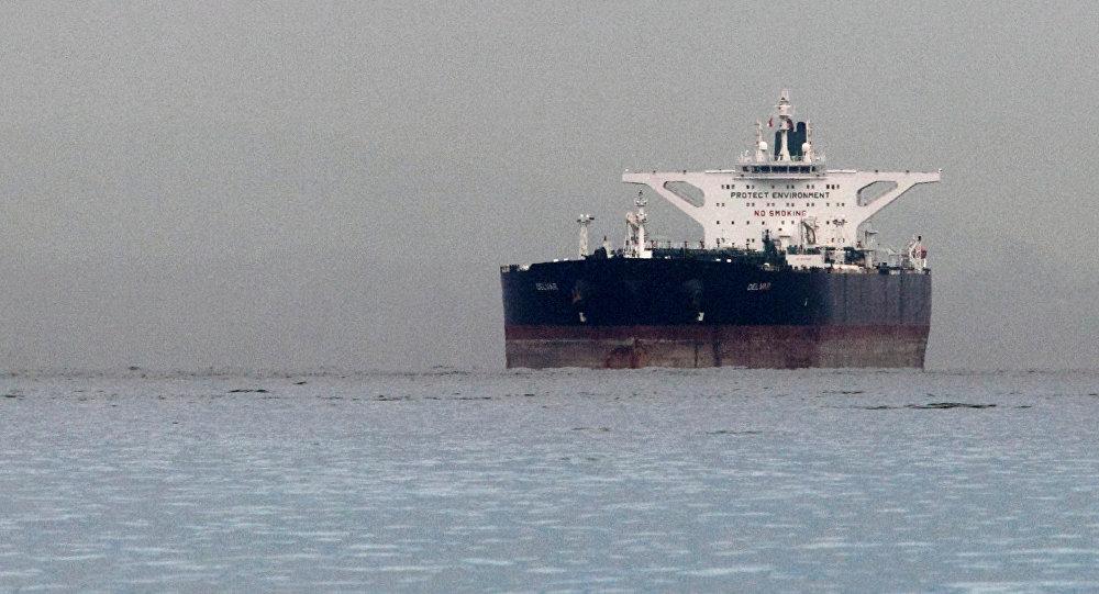 媒体:印度欲继续从伊朗进口石油并正为此与美国谈判