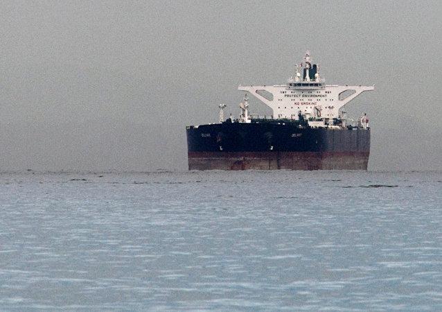 尽管美国可能制裁 印将继续购买伊朗石油
