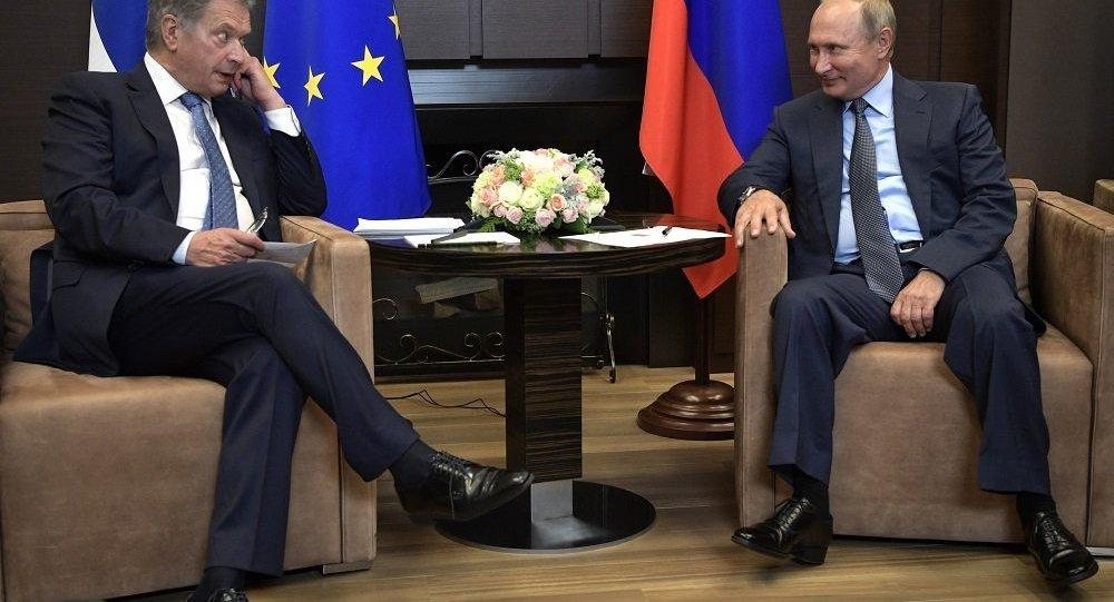 普京为俄美峰会的成功筹办向芬兰总统表示感谢