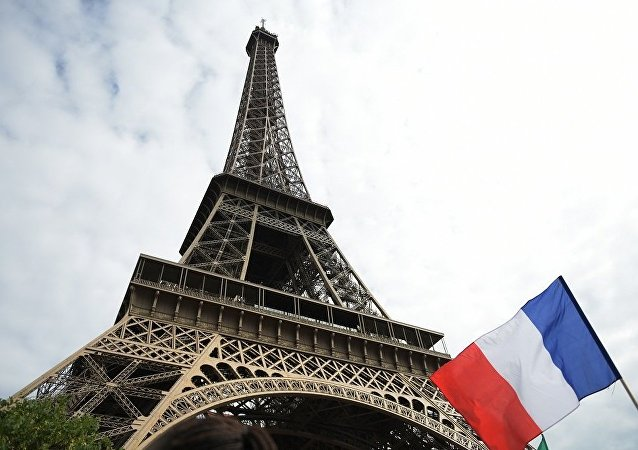变性女子首成法国市长
