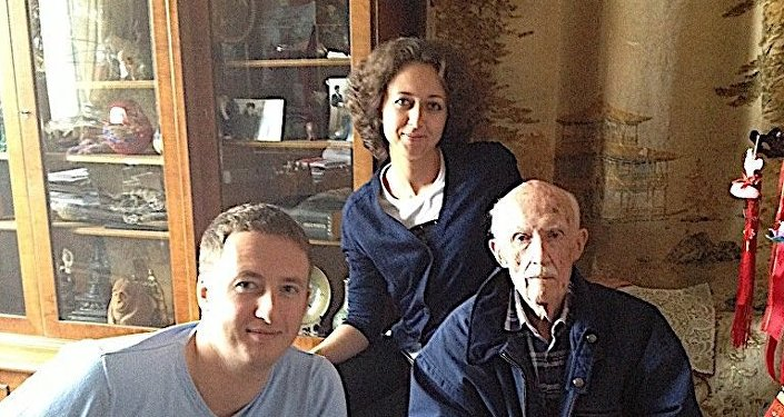谢尔盖·齐赫文斯基和孙子杰尼斯、孙女娜塔莉亚