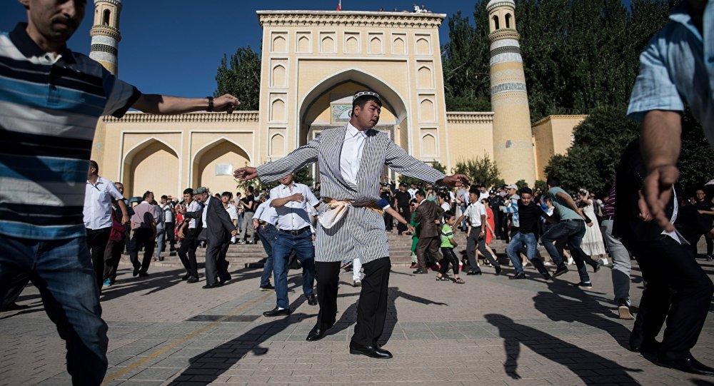 美国捏造新疆人权问题欲对中国实施制裁