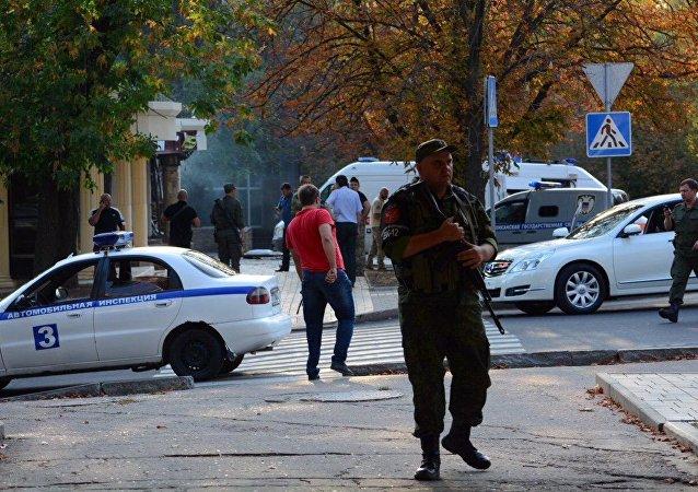 媒体爆出密藏炸死顿涅茨克共和国领导人扎哈尔钦科的炸弹的地方