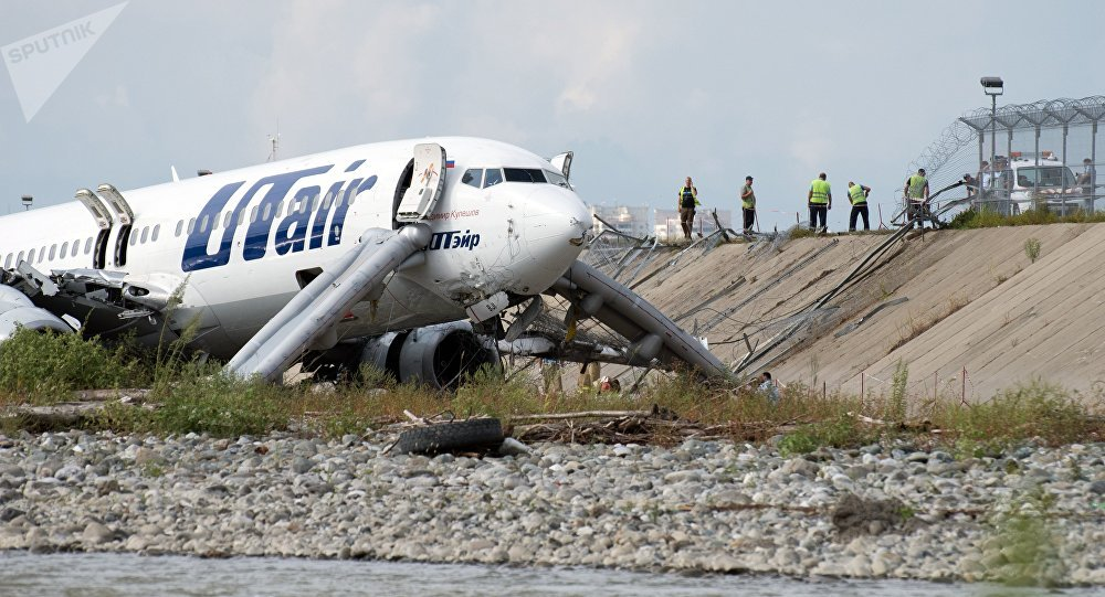 网络出现索契机场紧急着陆前飞行员谈话录音