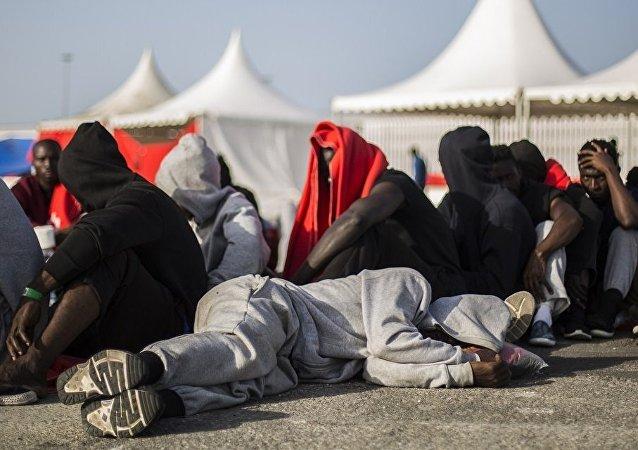 捷克总理称移民问题已使欧洲分裂