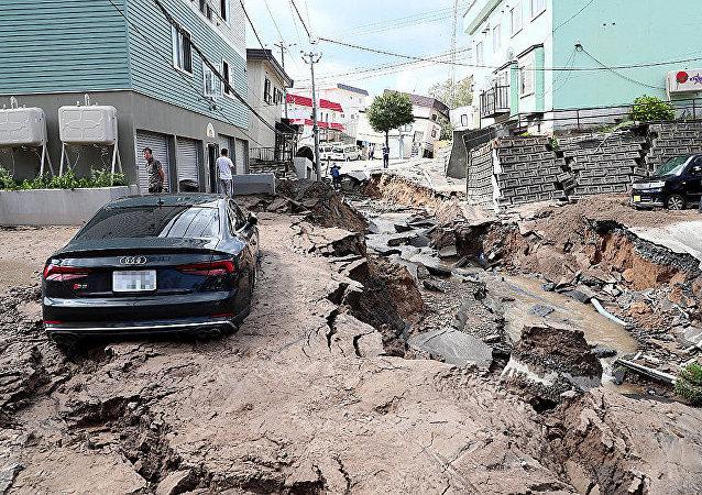 日首相:北海道地震死亡人数升至16人 26人失踪
