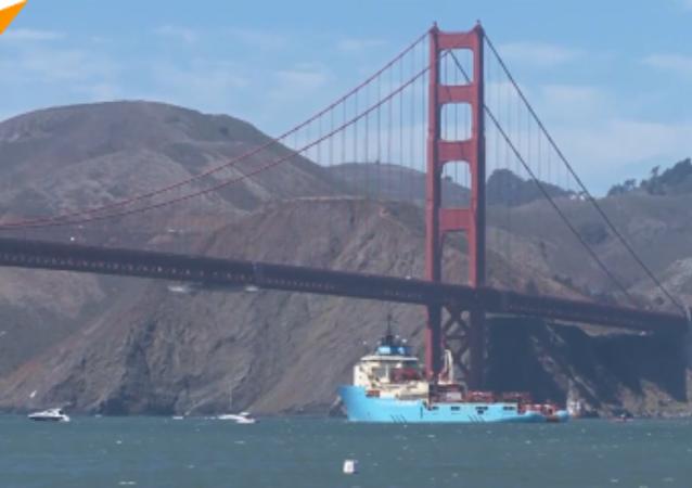 巨型垃圾搜集器在太平洋开始作业