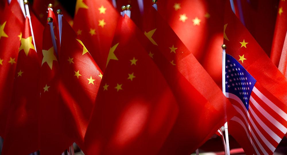 """特朗普称与中国的贸易谈判进行得""""非常顺利"""""""